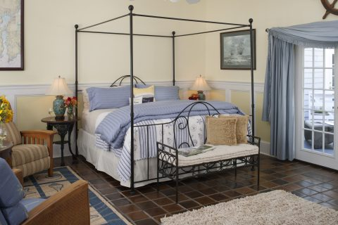 Cape Cod Accommodation - Lewis Bay Light - Bed Area