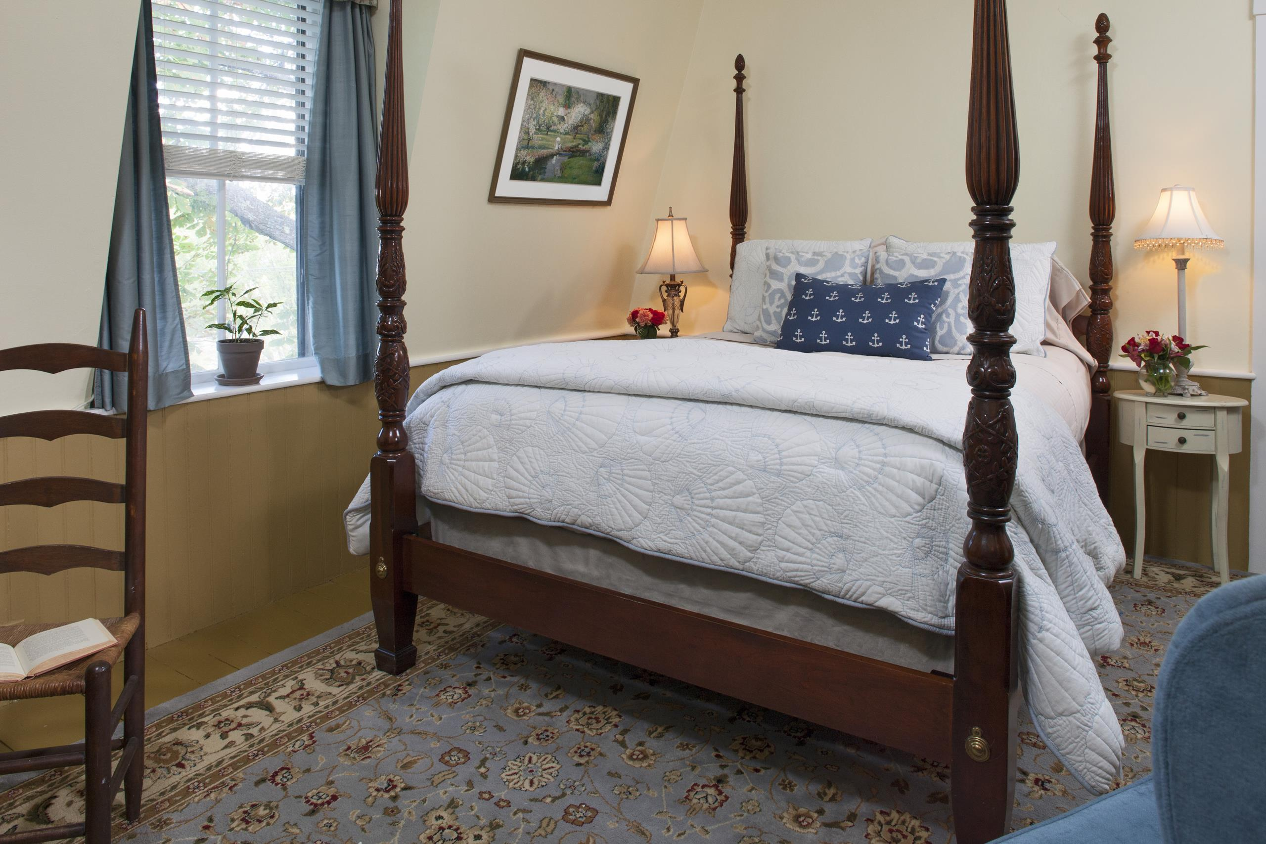 Cape Cod Accommodation - Wood End Light - Bed Area